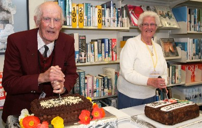 Cyril Hicks (first Principal) And Noeline Aitken (oldest Returning Pupil),  Cutting The Reunion Cakes.